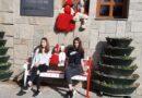 Мартеница и скамейка в бяло и червено сложиха пред кметството в Хасково